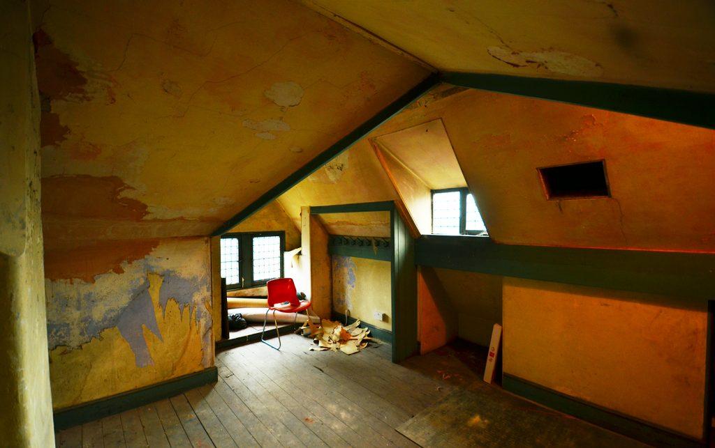 attic3