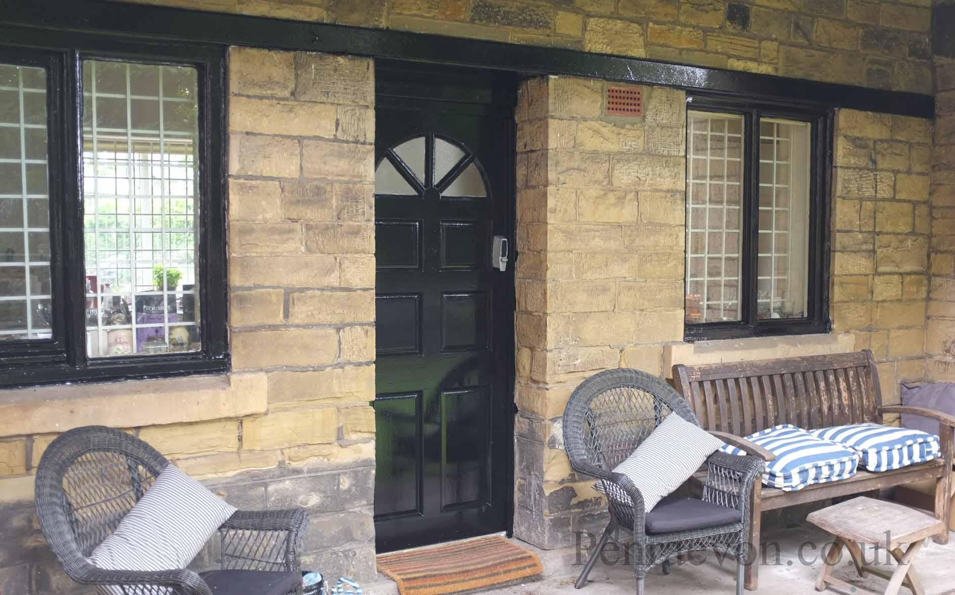 Howdens doors external richmond glazed door for Door 43 sheffield